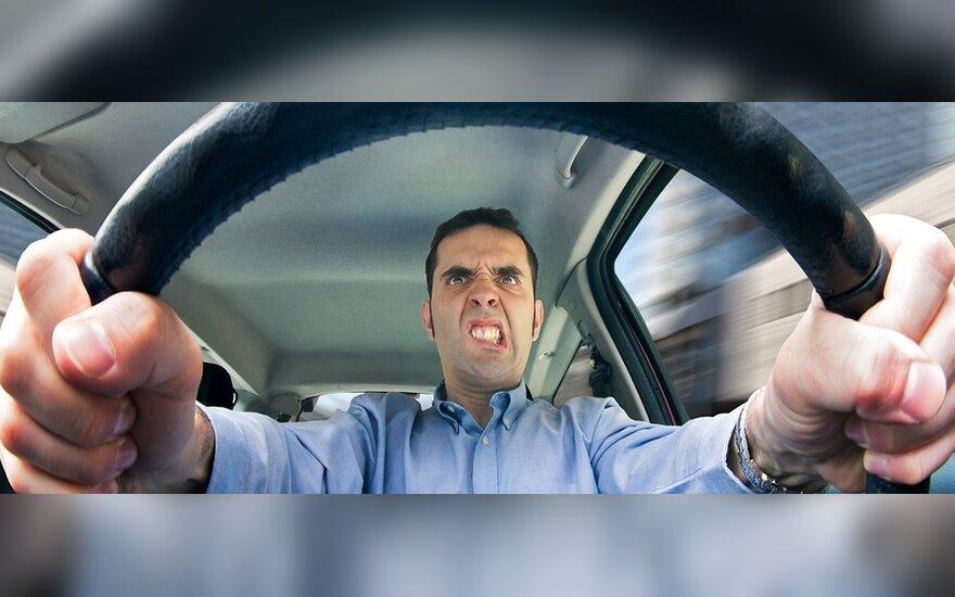 Stresas prie vairo – kelias į nelaimę