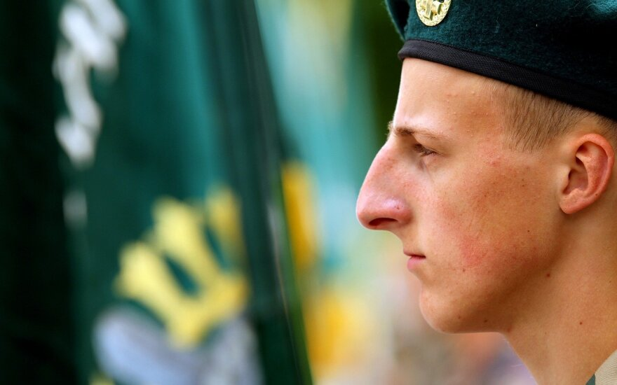 Lithuania's riflemen want to keep semi-automatic weapons at home