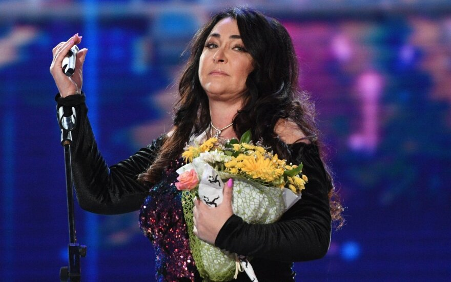 Лолита матом ответила на решение суда взыскать с нее 720 тысяч рублей по долгам за ЖКХ