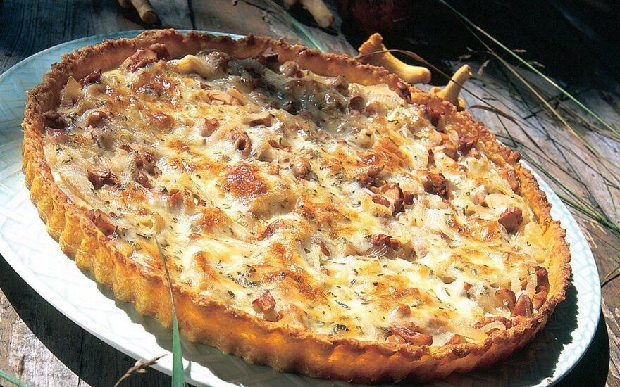 Grybų ir svogūnų pica
