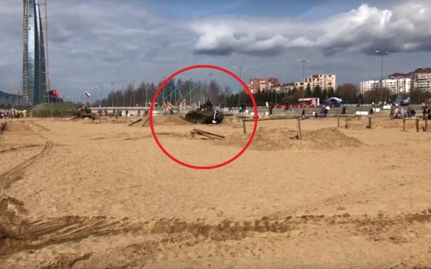 Festivalis Rusijoje: po tanko vikšrais – trys žmonės
