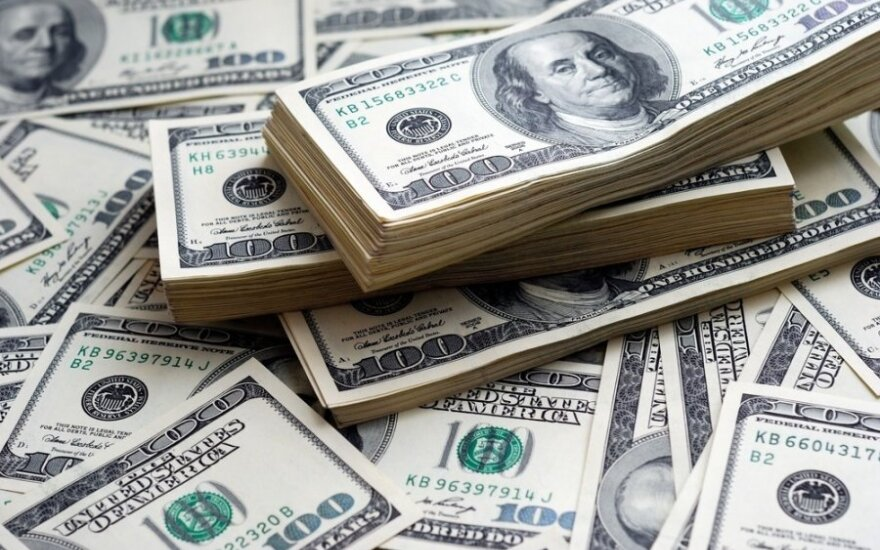 Užblokavo Rusijos bankų šimtus milijonų