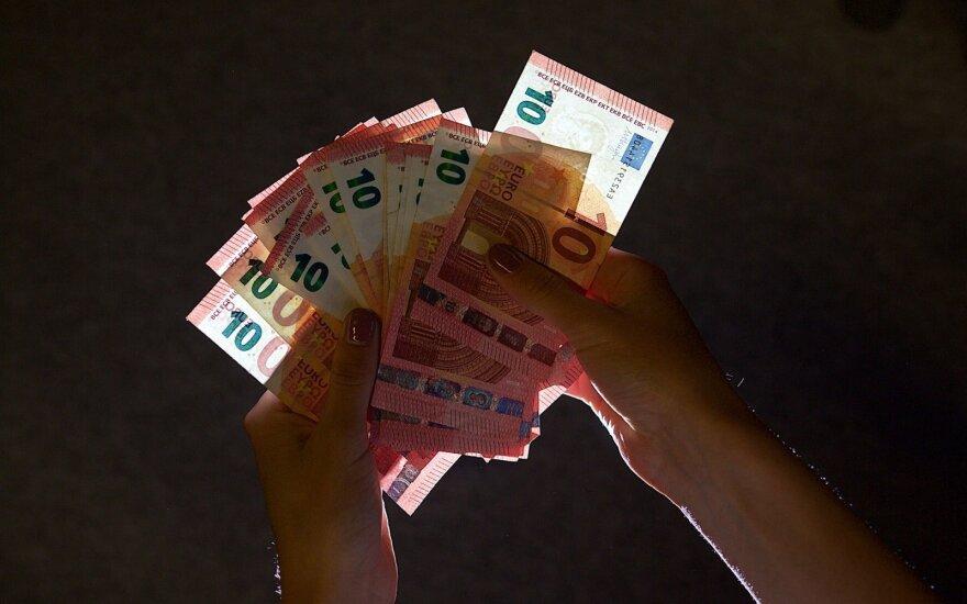 Prokurorams nepavyko priteisti 46 tūkst. eurų žalos iš buvusio Turto banko vadovo