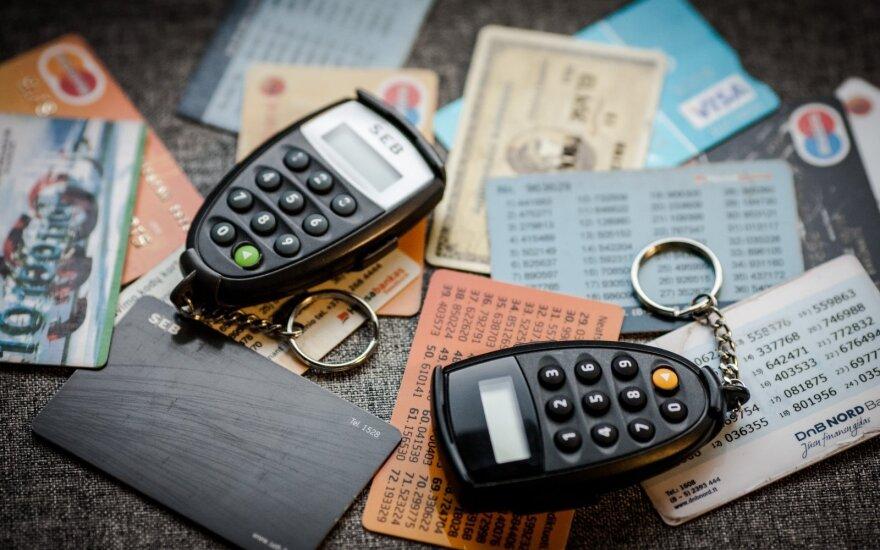Dėl bankų sąskaitų tikrinimo – sujudimas