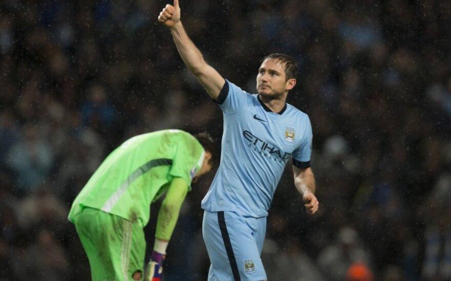 """Frankas Lampardas pelnė pergalingą įvartį į """"Sunderland"""" vartus"""
