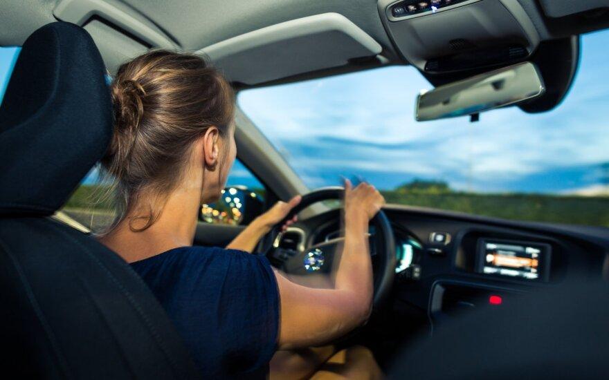 Diena, kai vyrų ir moterų vairavimas pasikeičia