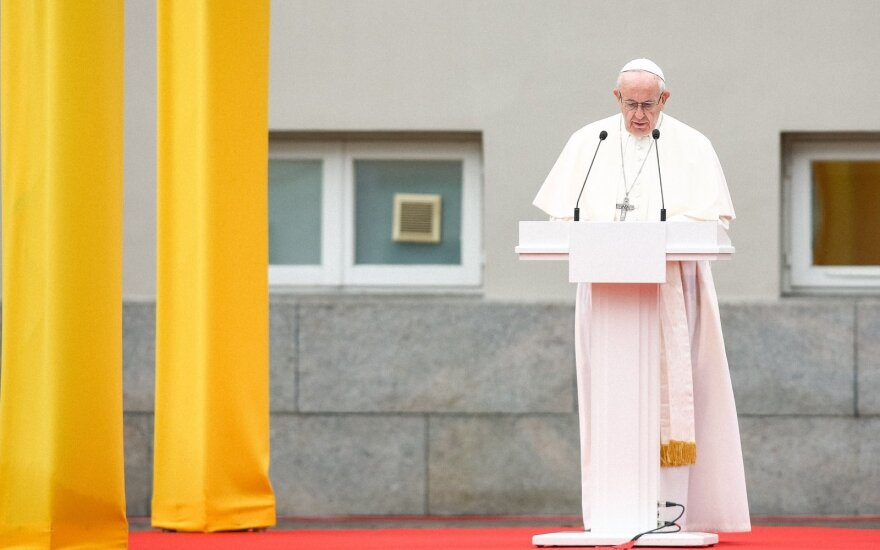 Pope Francis addressing in the front of the Presidential palace in Vilnius