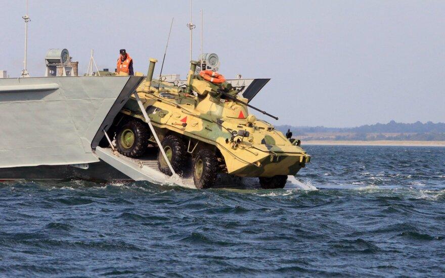 Nuskendus transporteriui žuvo jūrų pėstininkas