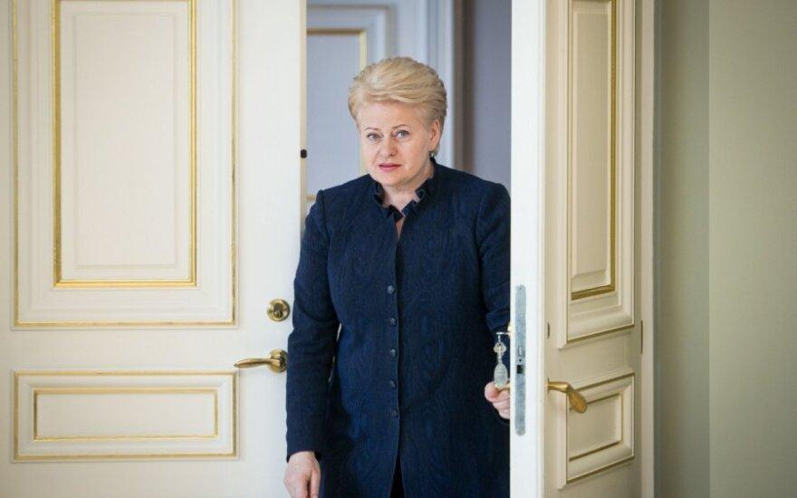 Dėl Rusijos sankcijų D. Grybauskaitė kviečia ministrus