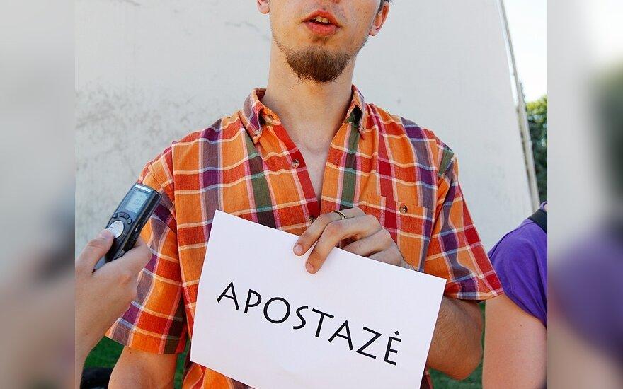 Vilniuje grupė žmonių vėl atsisakinės katalikybės