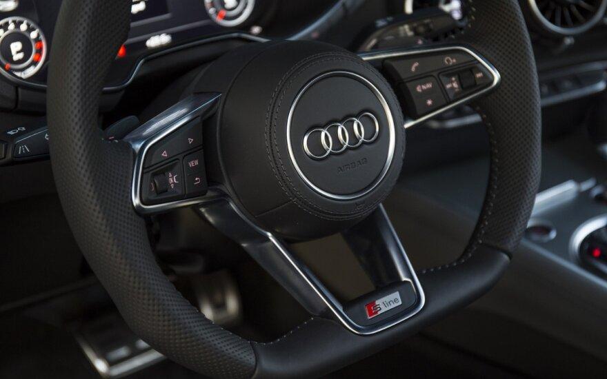 """""""Audi"""" gamyklos Vengrijoje darbuotojai pradės savaitės trukmės streiką"""