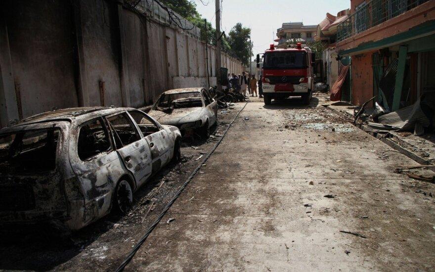 Netoli Afganistano sostinės aptikti trijų nužudytų užsieniečių kūnai