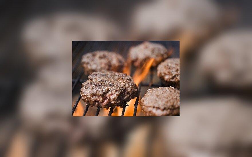 Valgant prisvilusią ant grotelių keptą mėsą didėja galimybė susirgti kasos vėžiu