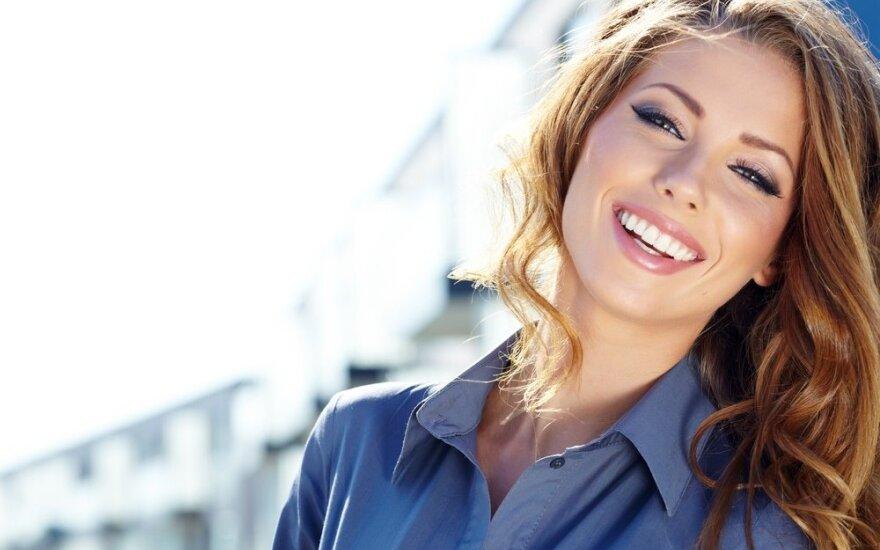 5 gudrūs patarimai, kaip šypseną paversti dar labiau spindinčia