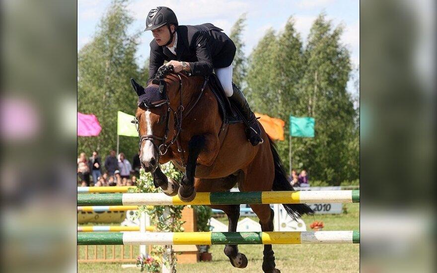 Benas Gutkauskas su žirgu Quick Jet
