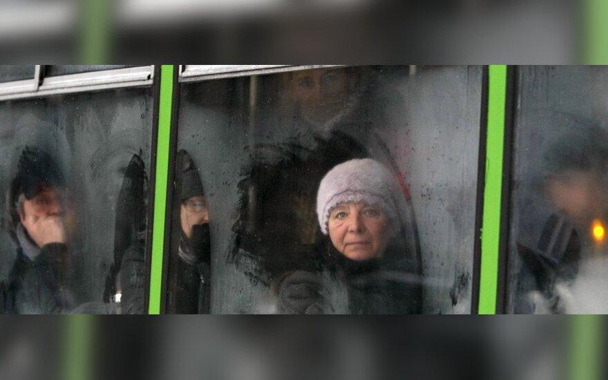 Kauno troleibusų vairuotojai prailgino darbo laiką