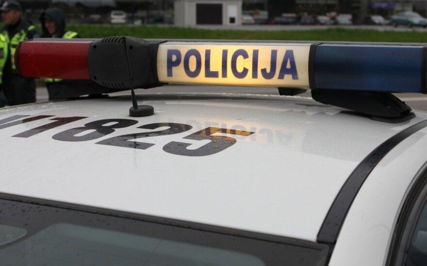 Ankstų rytą įkliuvo Lietuvos kriminalinės policijos biuro pareigūnas