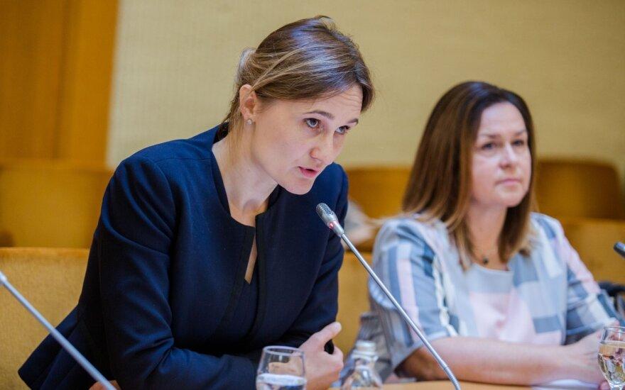 Viktorija Čmilytė-Nielsen, Živilė Gudlevičienė
