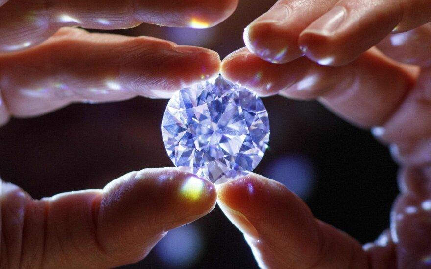 """""""Tiffany"""" apmoko afrikiečius apdoroti regiono deimantus"""
