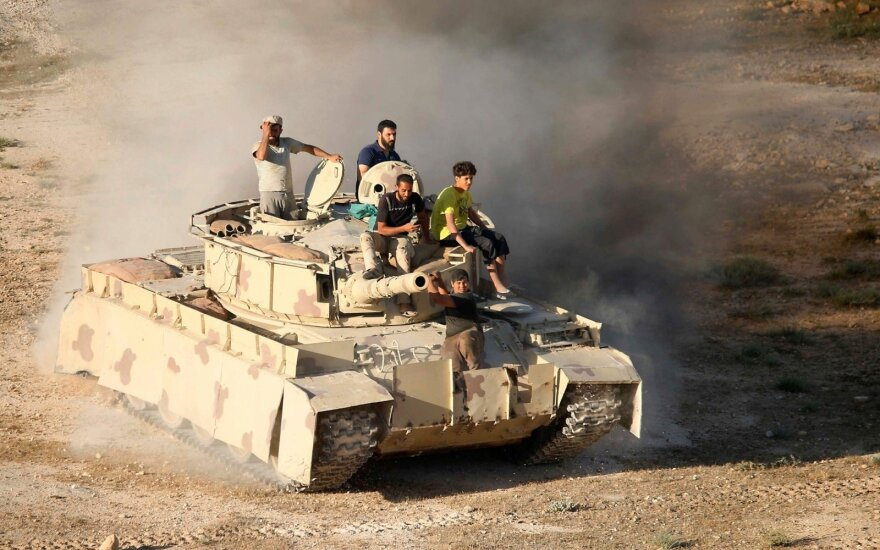 Sirijos režimo pajėgos šturmavo svarbų sukilėlių kontroliuojamą miestą