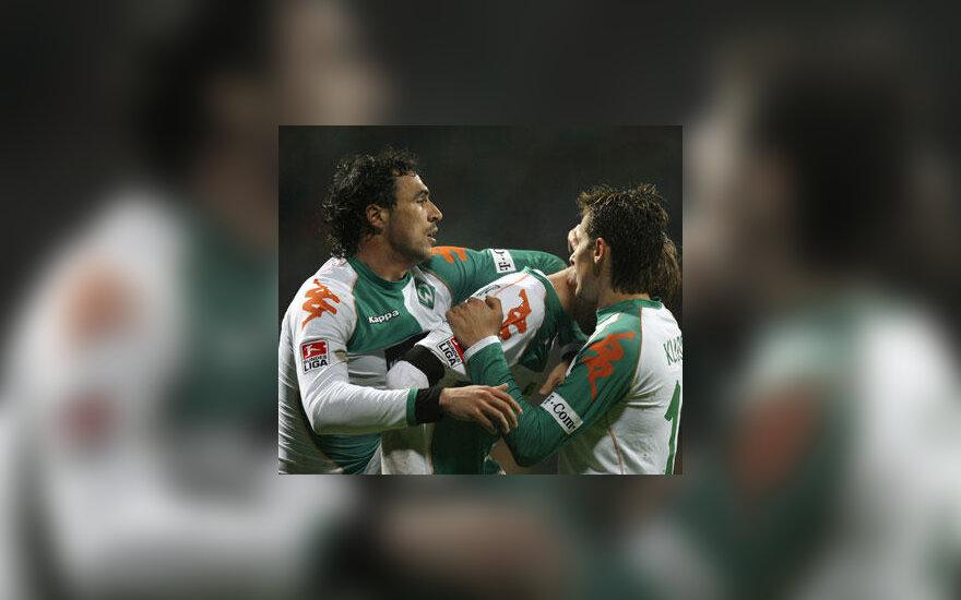 """Brėmeno """"Werder"""" futbolininkai džiūgauja po įvarčio"""