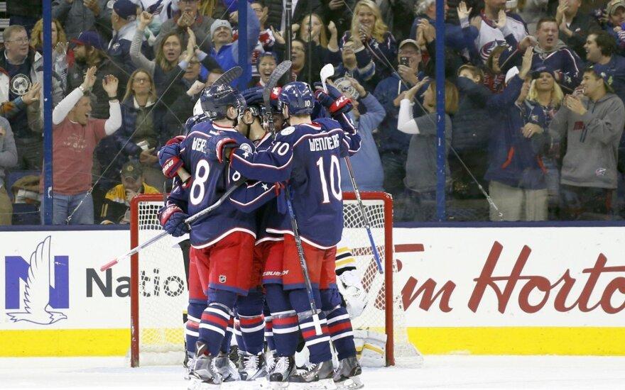 """""""Mėlynšvarkiai"""" toliau stebina NHL: laimi jau ilgiau nei mėnesį"""