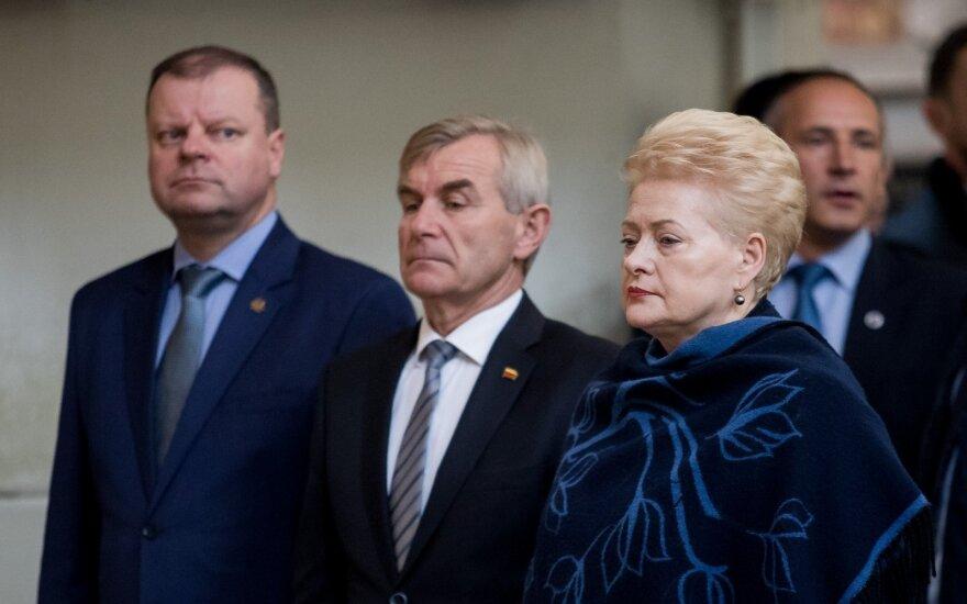Premjeras atsisako Pranckiečio paslaugų bendraujant su prezidente