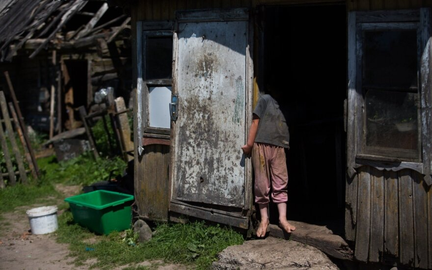 Over fifth of people in Lithuania live below poverty line