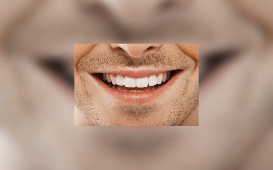 Odontologai sudarė dantis gadinančių dalykų juodąjį sąrašą