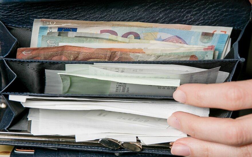 Įregistravo siūlymą, nuo kokių pajamų reikėtų mokėti daugiau mokesčių