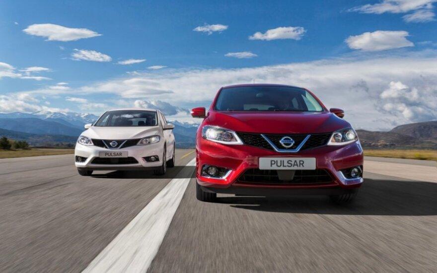 """""""Safety Shield"""" sistema padeda """"Nissan Pulsar"""" vairuotojui išvengti pavojų"""