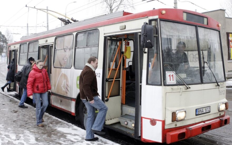 Vilniaus savivaldybė planuoja naikinti 18 autobusų ir troleibusų maršrutų