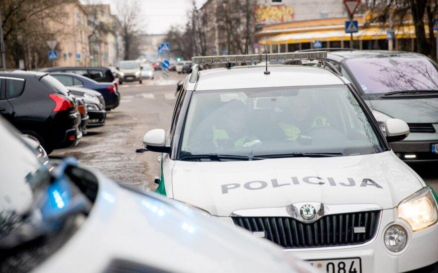 PAreigūnams vis dažniau įkliūna gerokai apgirtę vairuotojai