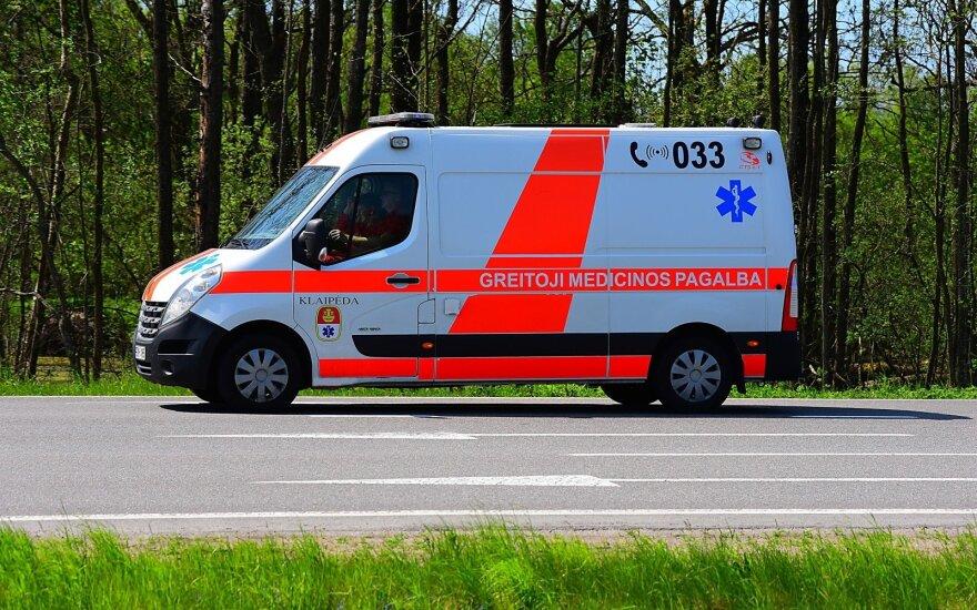 Ekstremali situacija kelyje: greitosios pagalbos dispečerių konsultacija priminė siaubą