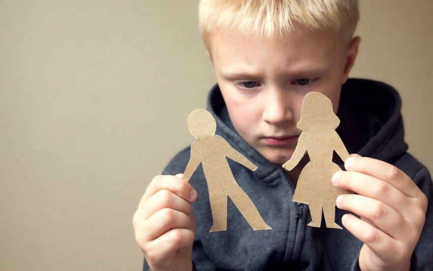 """Psichoterapeutė: vaikai stengiasi būti """"patogūs"""" tėvams"""