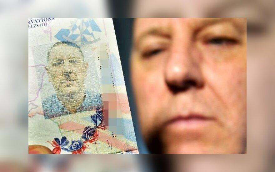 Gavęs naują pasą, patyrė šoką: atrodau kaip Hitleris