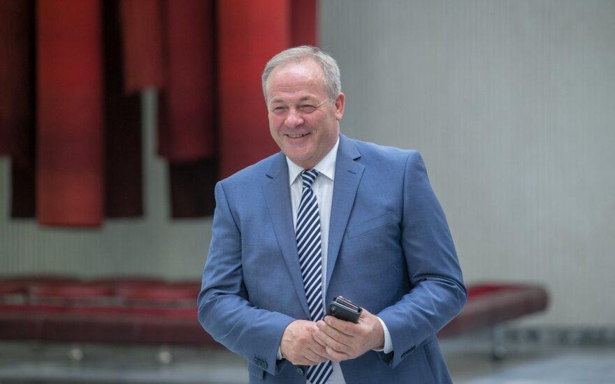 Kyšį paėmęs buvęs Vilniaus vicemeras skundžiasi buvęs išprovokuotas