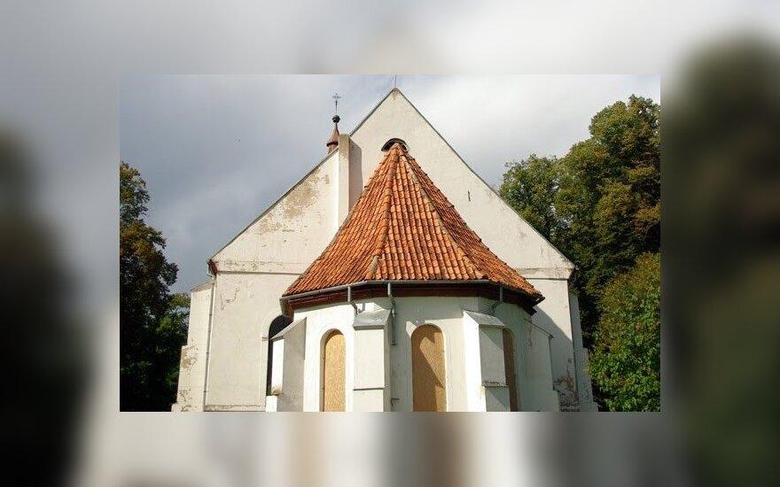 Rusnės bažnyčia