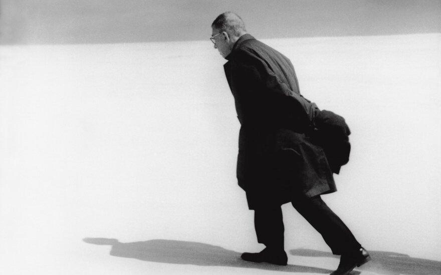 Antanas Sutkus. J. P. Sartre in Lithuania (Nida, 1965)