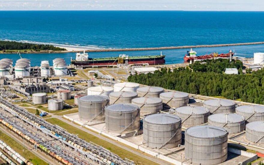 Bendrovės: baltarusių sprendimas neimportuoti naftos per Lietuvą krovinių srauto nepaveiks
