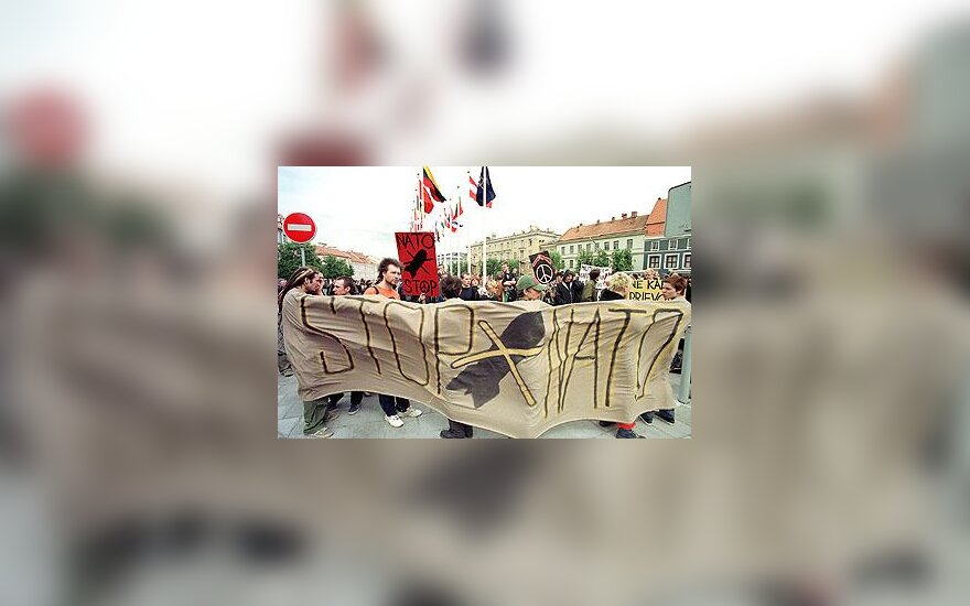STOP NATO!
