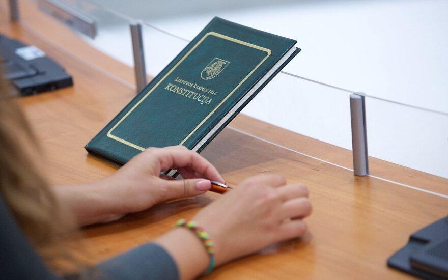 Konstitucijos žinias egzamine tikrinosi daugiau nei 31 tūkst. dalyvių