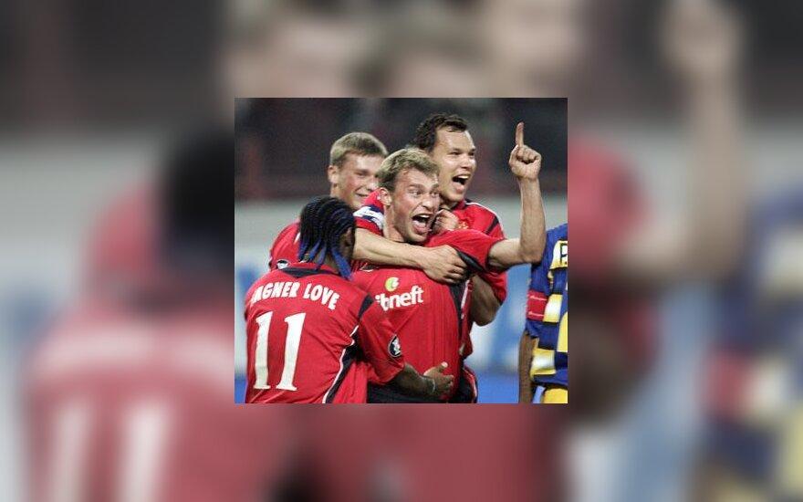 Vasilijus Berezuckis (CSKA) džiaugiasi įvarčiu