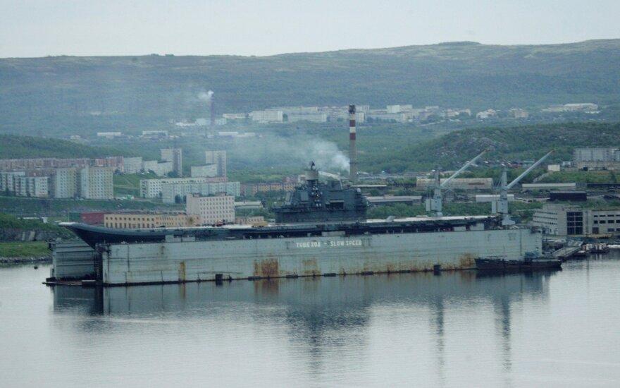 Mirė per Murmansko plaukiojančio doko avariją sužeistas darbininkas