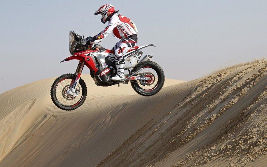 Aštuntame Dakaro greičio ruože nestartuos motociklai ir keturračiai