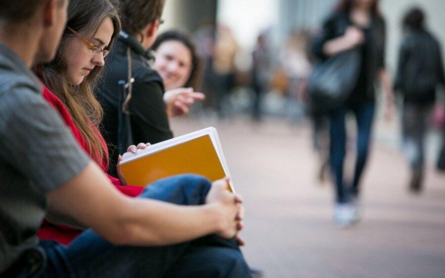 Studentiškų vizų afera išplaukė į paviršių