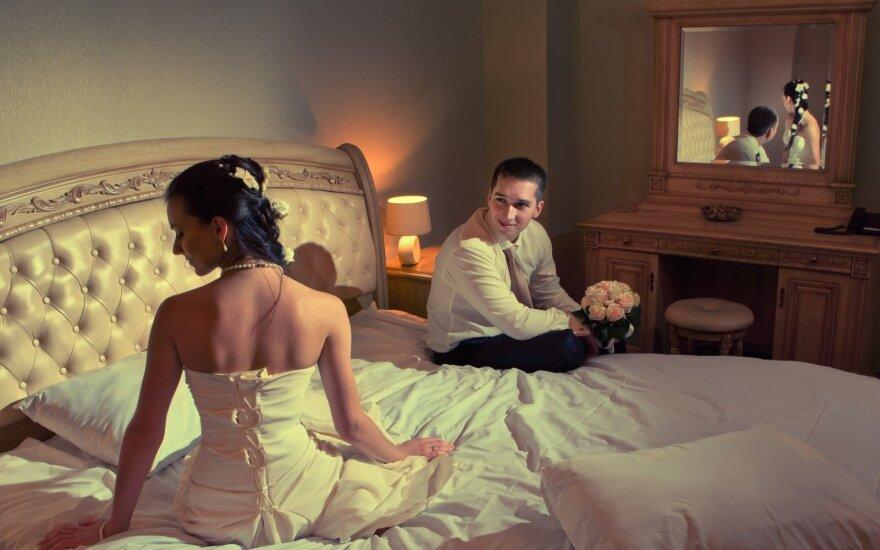 Pirmoji naktis: porų, pasimylėjusių tik po vestuvių, pasakojimai