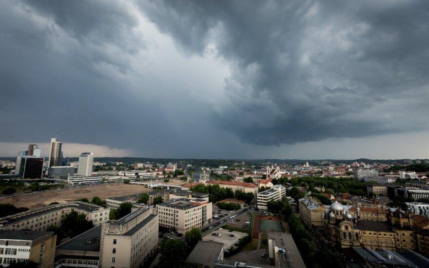 Rugpjūčio pradžioje – orų permainos: vasarišką šilumą teks pamiršti
