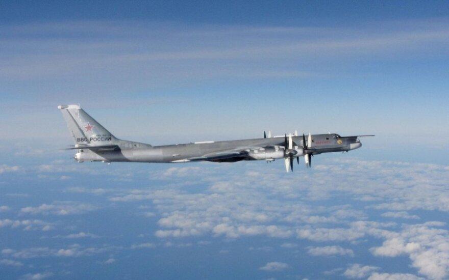 Netoli Latvijos sienos pastebėtas rusų karo lėktuvas