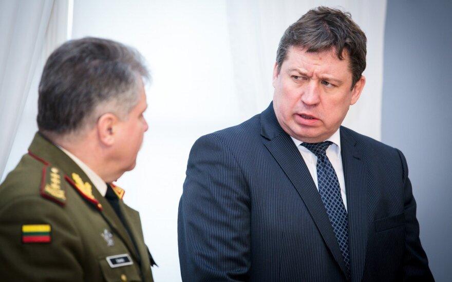 Vytautas Jonas Žukas, Raimundas Karoblis